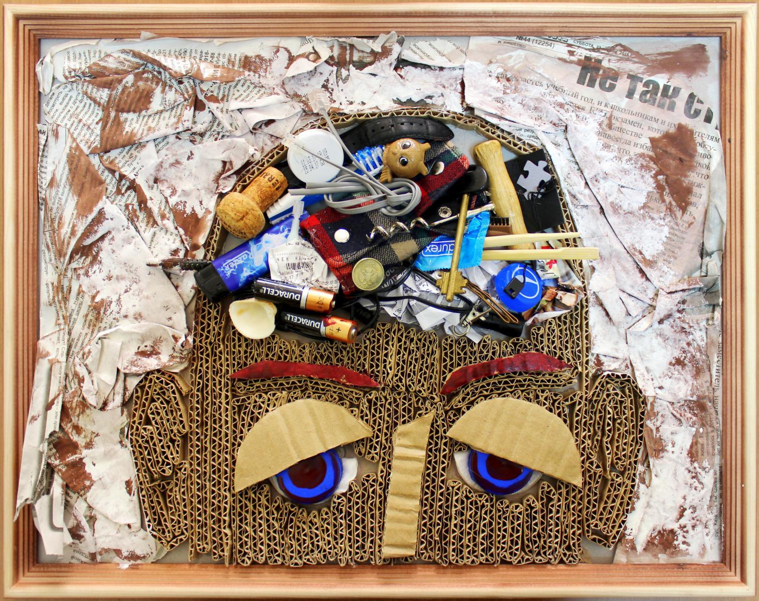 Полезные мелочи своими руками из мусора